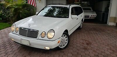 1999 Mercedes-Benz E-Class PREMUM 1999  MERCEDES BENZ E-320 STATION WAGON FROM FLORIDA! LIKE NEW! LOW MILES! LOOK!