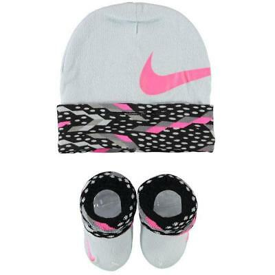 NEW Nike Baby Girls Hat Set Beanie Socks Booties White Newborn 0 3 6 Months Gift