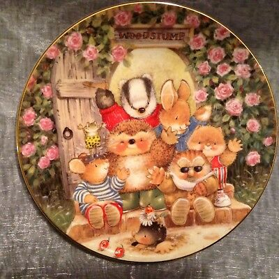 Royal Doulton Fine Bone China Collectors Plate Welcome to Wood stump