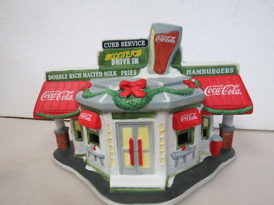 Coca-Cola 1996 Christmas Town Square Collection Lighted Scooters Drive In D640K