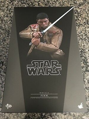 """Hot Toys Star Wars: The Force Awakens FINN 12"""" Action Figure 1/6 Scale MMS345"""