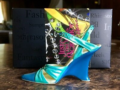 Just The Right Shoe - Passions- Item 25590- Nib