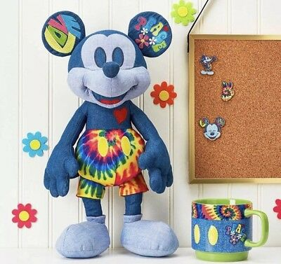 Disney Store UK - Brand New Mickey Mouse Memories Plush - June (6 Of 12)