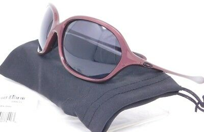 e23a918bc79 Oakley WARM UP Sunglasses OO9176-03 Cosmo  Black to Grey Gradient lenses   SAMPLE