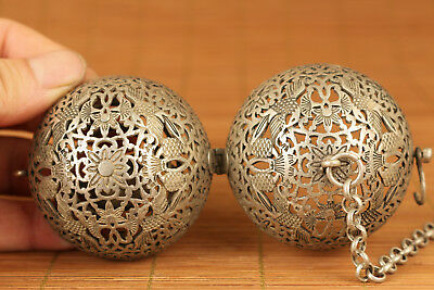 chinese Old Copper Tibet SiLVER Hand hollow out Bird Statue Cricket Ball Netsuke