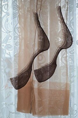Vintage Manhattan Seam Fully Fashioned Nylon stockings 8.5