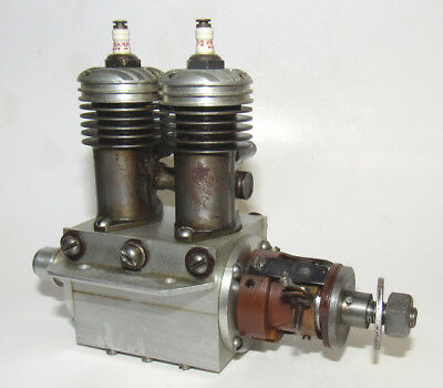 1940 Madewell 29 Inline Twin Spark Model Engine