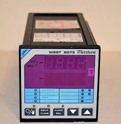 WEST Instruments Gulton 2073 Digital Temperature Controller M2073A-L03-T3014-H21