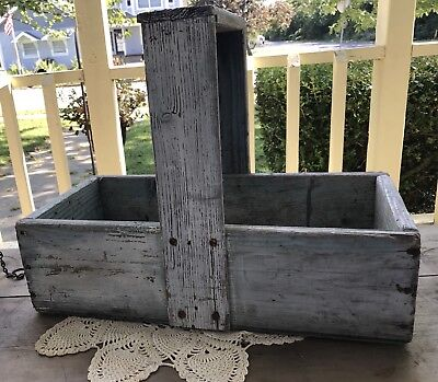 Vintage Old Primitive Green Wood Garden Caddy Tool Box Tote Carry All Carrier