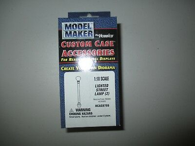 HCAS9755 Model Maker by Hobbico 1:18 scale Lighted Steet Lamp (2)