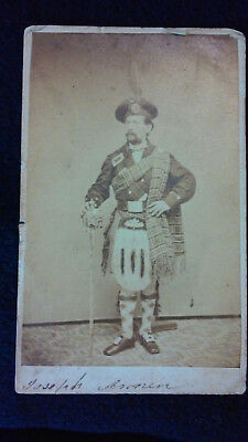 Original Civil War CDV of Armed Highlander. Philadelphia Backmark. Dated 1864