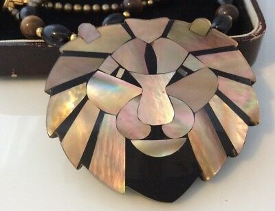 Vintage Jewellery Fabulous Large Lee Sands Mother Of pearl lion head necklace