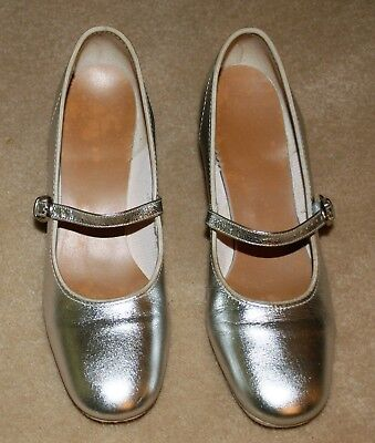 "Silver Tap/Character Leather Shoes 2"" Heels 7.5 Medium Good Condition"
