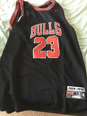 separation shoes 0f53a 43c56 MICHAEL JORDAN AUTHENTIC Bulls Jersey tags still attached