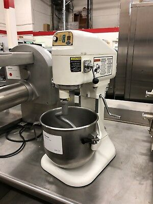 Globe SP-8 - Countertop 8 Quart Mixer with Attachments - Refurbished