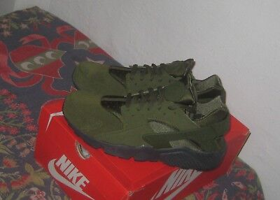 eef3381f2ab6b Nike Air Huarache Run SE Legion Green Olive Running Training Size 10.5 New