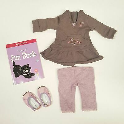 American Girl Licorice Play Outfit with Book         (A01-18)