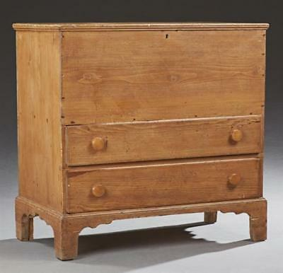 Southern Carved Pine Sugar Chest, late 19th c., the lifting lid top o... Lot 272