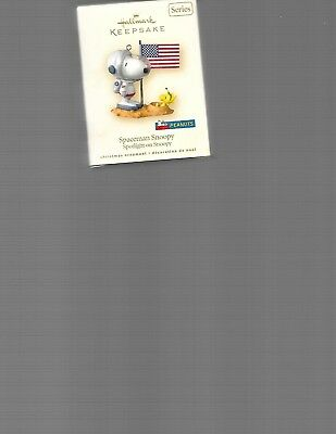 Hallmark Keepsake       Spaceman Snoopy----Spotlight On Snoopy