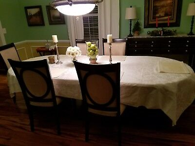 Dining table set for 6 includes sideboard, hutch, 6 chairs