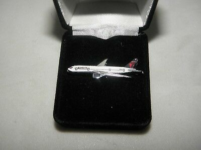 Delta Airlines A330 Airplane Lapel Tack Pin Pilot Fathers Day Christmas Gift