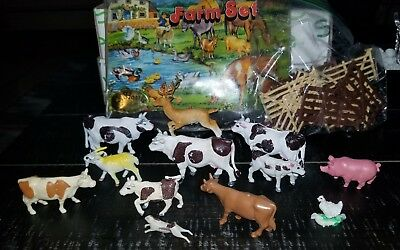 Farm Animal Set Pat Harris Hong Kong Fence & farm animals. See discription. (14H