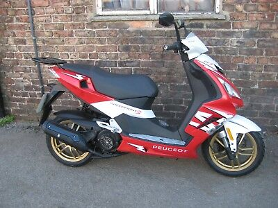 PEUGEOT SPEEDFIGHT 3 ,  125 cc ,  VERY low mileage  1351 only !!! ......