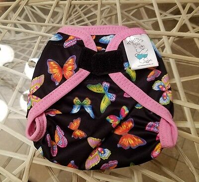 WAHM / Fluffys Diapers XS Diaper Cover / 6-12lbs / Butterflies