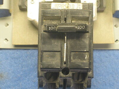 MURRAY 100-AMP MAIN Circuit Breaker with 12 space/20 circuit busbar (used)