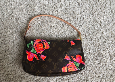 705622a8663b LOUIS VUITTON Stephen Sprouse Limited Edition Monogram Roses Pochette  authentic