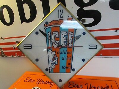 Vintage Early Icee Clock * Pam Clock Co * Glass Face*