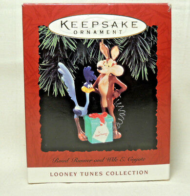 Hallmark Keepsake Ornament Road Runner And Wile E. Coyote 1994 Looney Tunes(New)