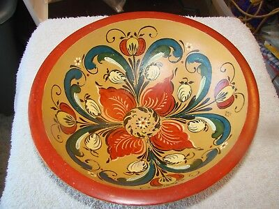 WOODEN BOWL with ROSEMALING PAINTING
