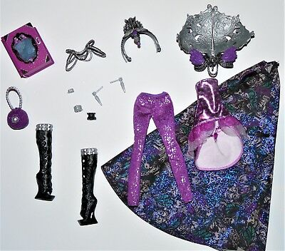 Ever After High - Raven Queen - Legacy Day - Outfit - Clothes - Fashion