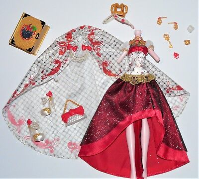 Ever After High - Apple White - Legacy Day -  Outfit - Clothes - Fashion
