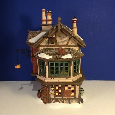 Dept 56 Dickens Village EBENEZER SCROOGE'S HOUSE w/box Has hanging bag & bracket