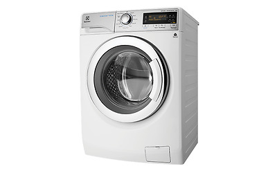 Electrolux EWF14933 9kg UltimateCare Front Load Washing Machine.