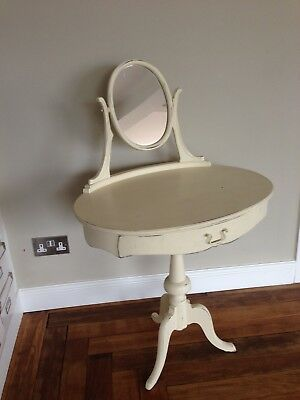 Child's dressing table, Queen Ann style, cream painted.