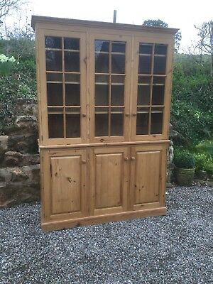 Glazed Pine Library Cupboard With Shelves / Bookcase SN-11