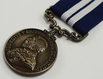 Superb Full Size Replica WW1 George V Distinguished Service Medal with Ribbon