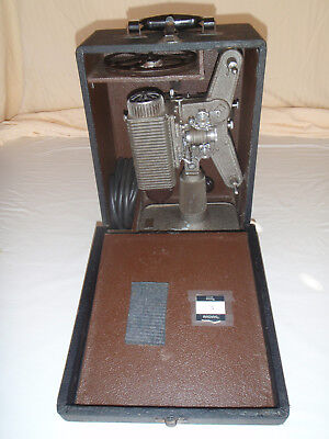 Vintage 1940's REVERE Eight 8mm Movie Projector  Model 85  with Wood Case