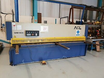 Hydraulic Guillotine Shear 3m * 6mm plate