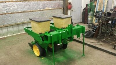 John Deere 2 Row 7000 3 point hitch plateless Corn Planter/corn meters