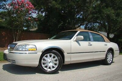 2007 Lincoln Town Car  2007 LINCOLN TOWN CAR SIGNATURE LIMITED! ONLY 37K LOW MILES! CLEAN! 1 OWNER! FL!