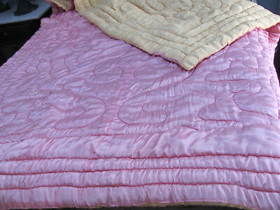 VTG 1940s *OLD HOLLYWOOD BOUDOIR PINK & GOLD Rayon?  Satin Quilted COMFORTER $NR