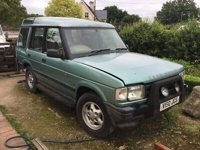 Land Rover Discovery TDI spares or repair rare V reg auto needs work investment