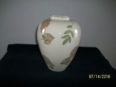 """Fine Lenox Porcelain Natures Impression Pattern Tall 9"""" Inch Vase  Made In USA"""
