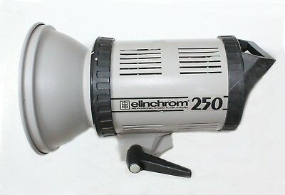 Elinchrome Studio Flash 250 with new Hood worth £31, plus Lamb and power Cable