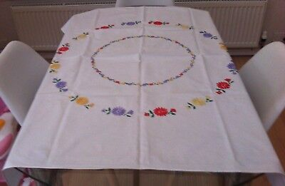 """Vintage White Cotton & Hand Embroidered Floral Tablecloth ~ 44"""" X 37"""""""