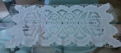 Vintage Style White Machine Lace Table Runner / Doily